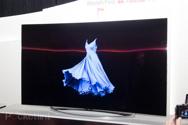 اولین تلویزیون با کیفیت 4 برابر HD و قیمتی چند ده میلیونی,تلویزیون,ال جی,تلویزیون ال جی,تلویزیون UHD,تلویزیون 77 اینچ,تلویزیون خمیده,تلویزیون جدید