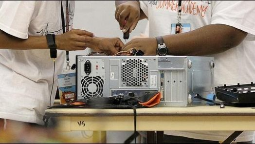 How to service our computer 7 computer repair methods at home (2)