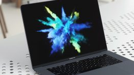 macbook-pro-display-dead-pixel